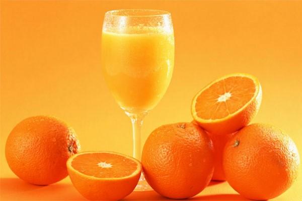 ¿El Jugo de Naranja es Malo Para la Gastritis?2