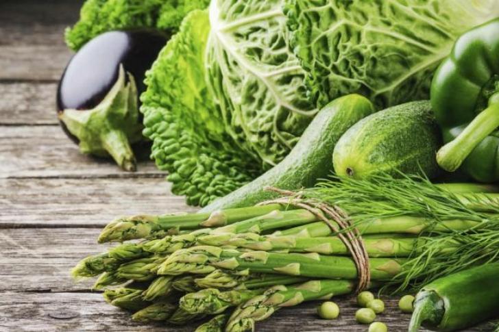 Cómo Tratar la Gastritis Con Verduras Verdes