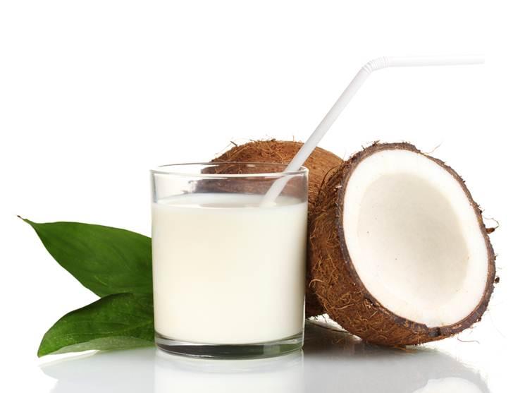 ¿La Leche de Coco es Buena Para la Gastritis?2